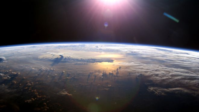 _104610623_sunsetoverpacificfromissnasa.jpg