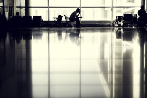 airport-802008_960_720-1.jpg