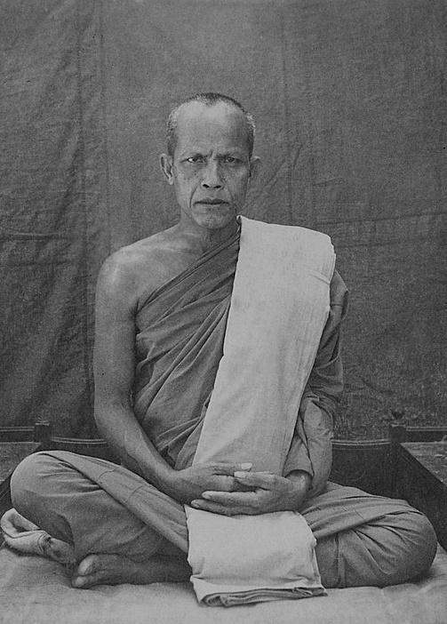 Ajaladhammo_Bhikhu(7)(1).jpg