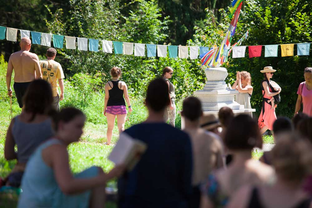 Longlife-Stupa-Europe-Center_07.jpg