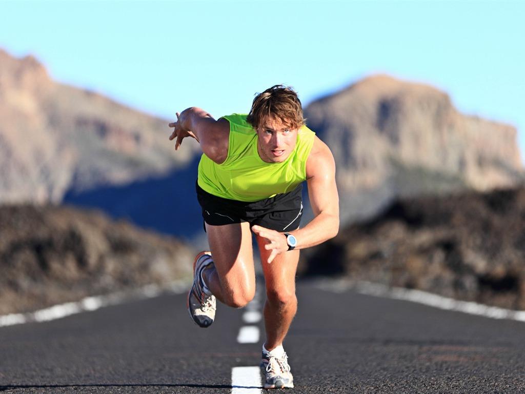 start_run_man_athlete-Sport_HD_Wallpaper Wallpaper_1024x768[10wallpaper.com].jpg