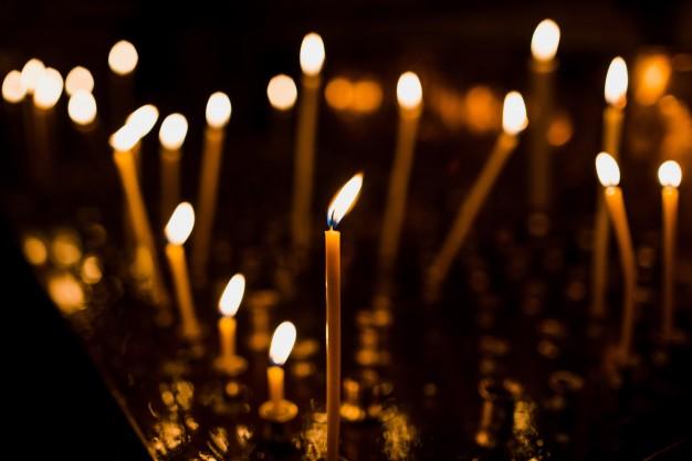 tall-candles-shine-steel-dish_1304-4957.jpg